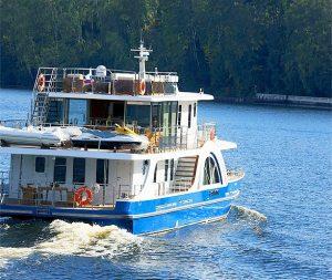 Яхта Отрада в аренду